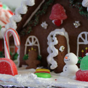 Medium Decorated Gingerbread Houses